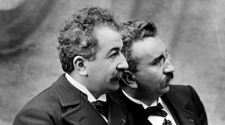 Hermanos Louis y Auguste Lumière, inventores del Cinematógrafo